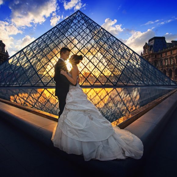Surprising Ways To Pay For The Honeymoon Trip